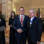 Vidmantui Griciui įteiktos Palangos miesto garbės piliečio regalijos
